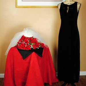Casual Corner Black Dress w/Black Floral Beads